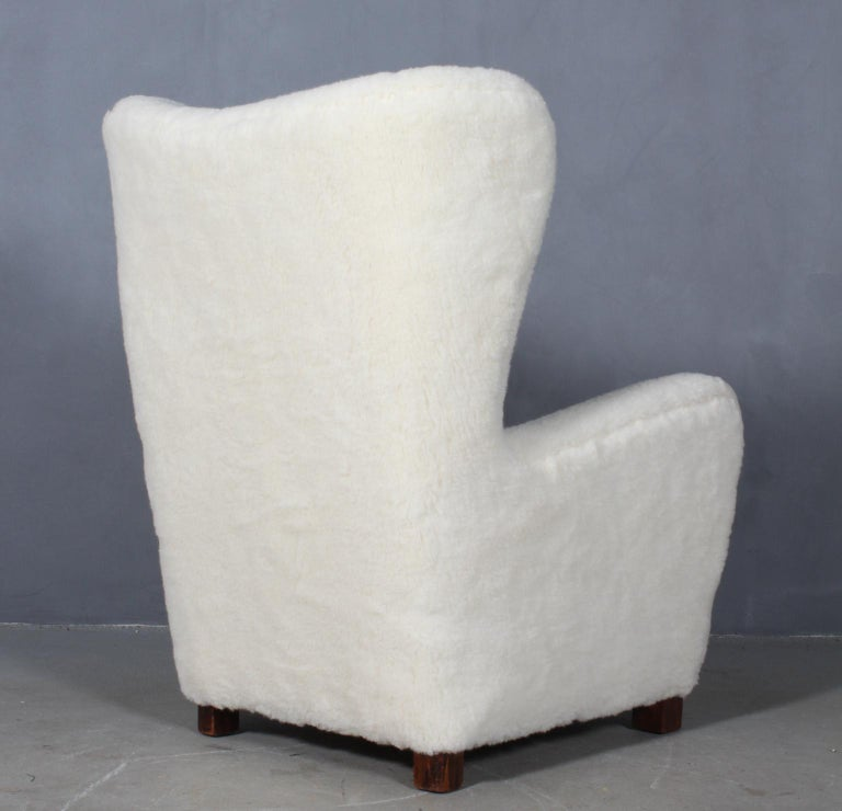 Fritz Hansen, Wingback Chair Lambwool, 1940s, Model 1672 For Sale 1