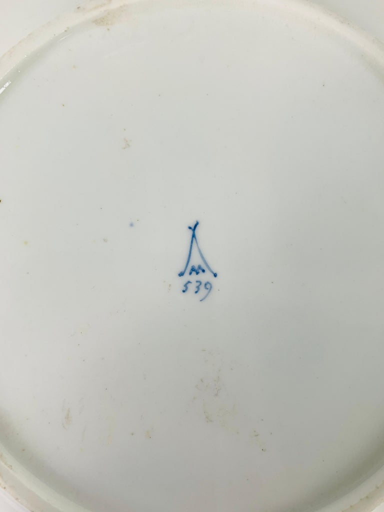 19th Century From the Collection of Mario Buatta a Minton Chinoiserie Dish For Sale