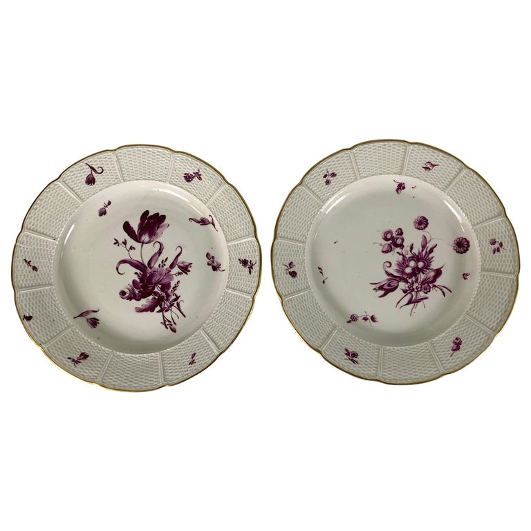 From the Collection of Mario Buatta a Pair of 18th Century Ludwigsburg Dishes For Sale
