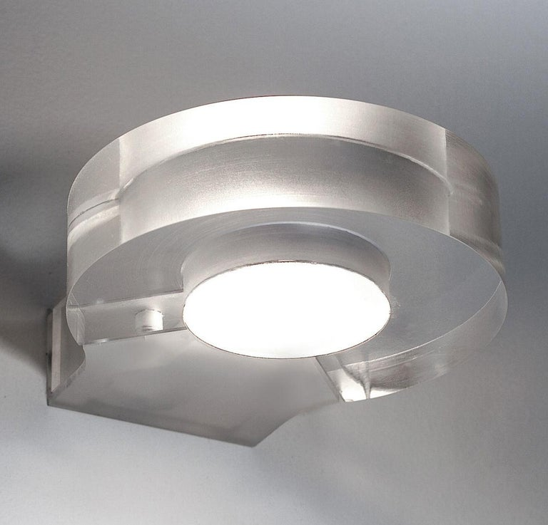 Minimalist Artemide Modern Crystal Wall Light Sconce Paolo de Lucchi, Italy 2012, Luminaire For Sale