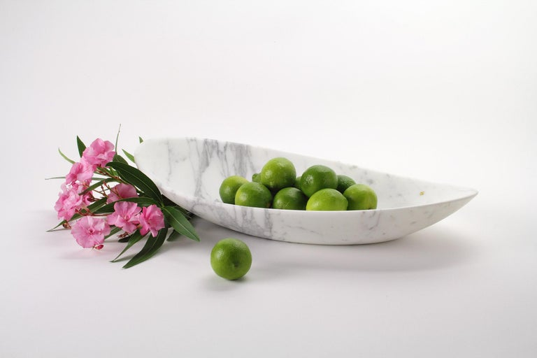 Italian Fruit Bowl Vase in White Calacatta Marble Contemporary Design by Pieruga Marble For Sale