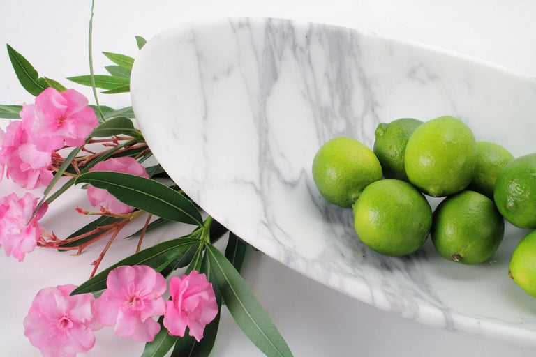 Hand-Carved Fruit Bowl Vase in White Calacatta Marble Contemporary Design by Pieruga Marble For Sale