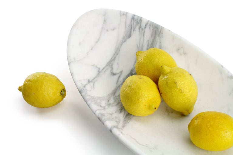 Hand-Crafted Fruit Bowl Vase Marble White Calacatta Oval Italian Contemporary Design For Sale