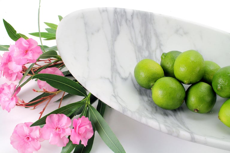 Fruit Bowl Vase Marble White Calacatta Oval Italian Contemporary Design In New Condition For Sale In Ancona, Marche