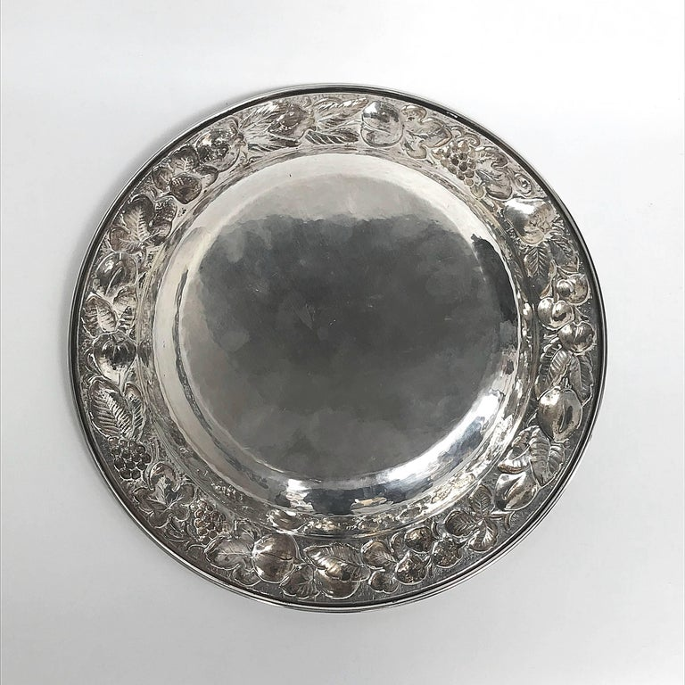 Fruit Centrepiece Handcrafted Made by Hand in Silver of Bra In Good Condition For Sale In Roma, IT