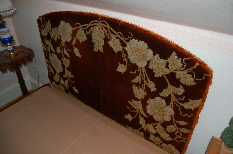 Full Size Custom Made Bed Covered in Antique Embroidered Velvet Panels In Good Condition For Sale In Pittsburgh, PA