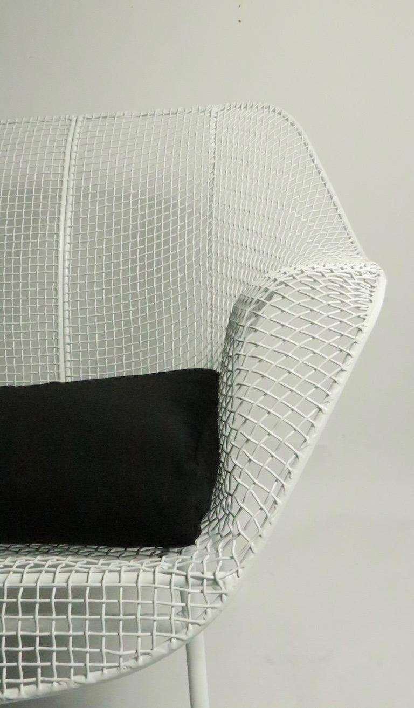 Full Size Woodard Sculptura Sofa For Sale 3