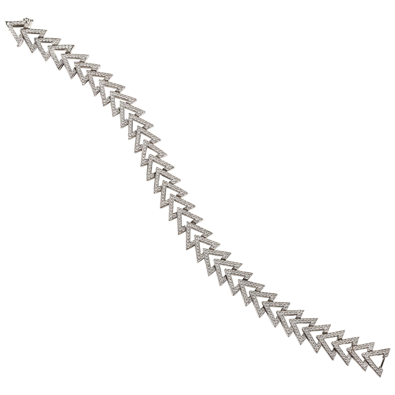 Contemporary Diamond and White Gold Link Bracelet