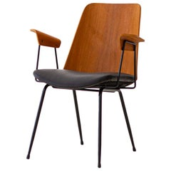 Fully Restored 1950s Italian model Du22 Armchair by Gastone Rinaldi for Rima