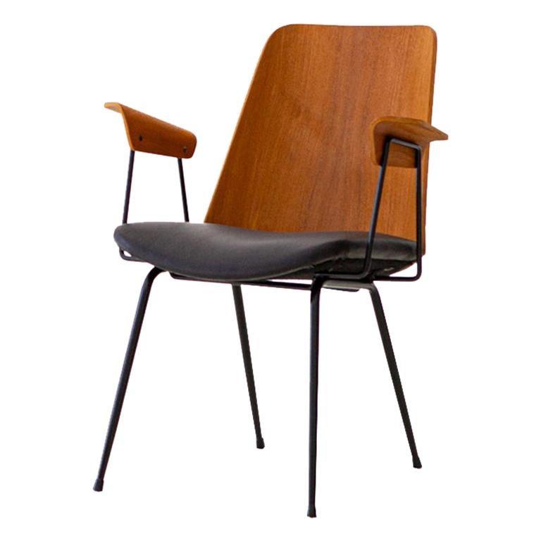 Fully Restored 1950s Italian Model Du22 Armchair by Gastone Rinaldi for Rima