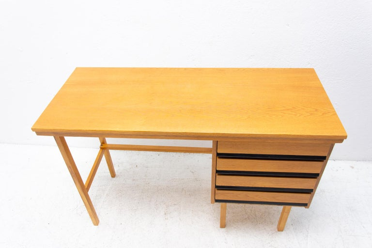Fully Restored Mid Century Writing Desk, 1960´s, Czechoslovakia For Sale 7