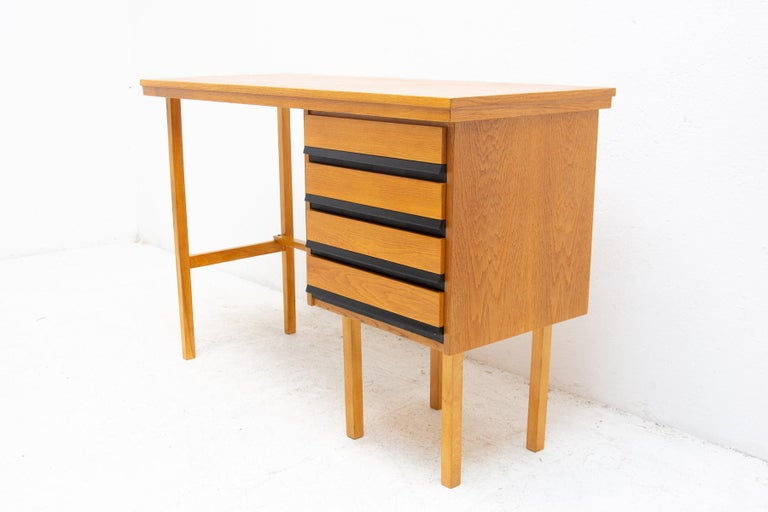 Fully Restored Mid Century Writing Desk, 1960´s, Czechoslovakia For Sale 10