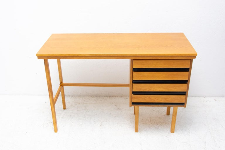 Scandinavian Modern Fully Restored Mid Century Writing Desk, 1960´s, Czechoslovakia For Sale