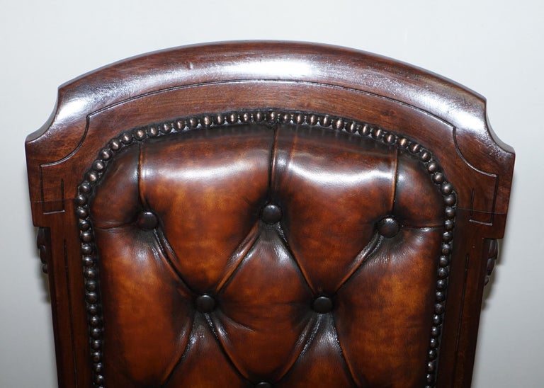 Fully Restored Suite of Five Chesterfield Brown Leather & Mahogany Dining Chairs In Good Condition For Sale In London, GB