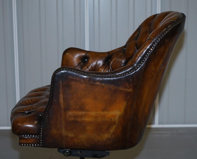 Fully Restored Vintage Brown Leather Chesterfield Captains Directors Armchair For Sale 8