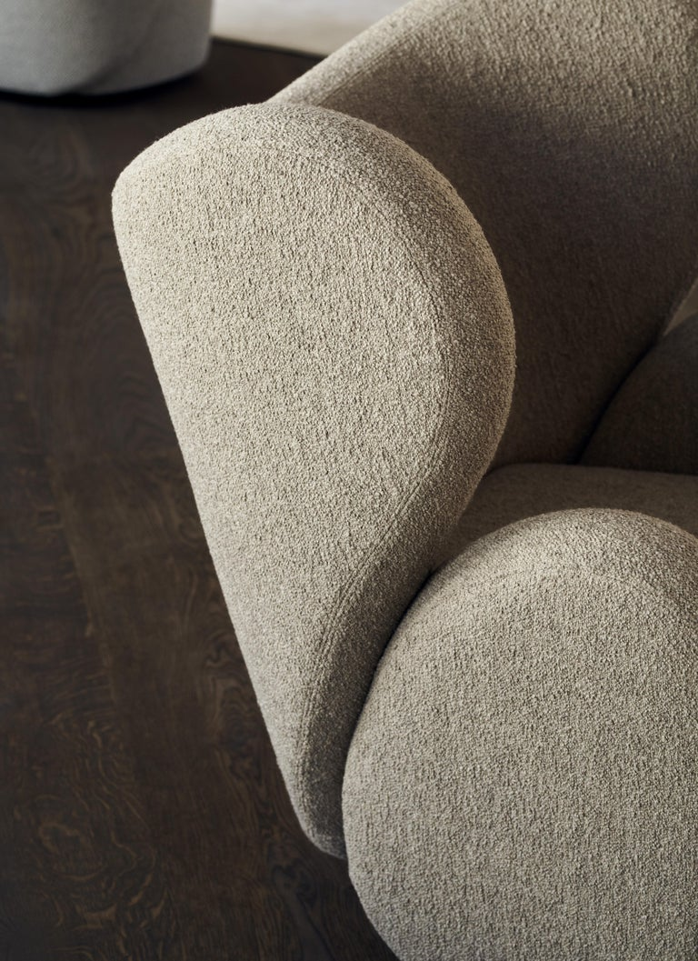 Fully Upholstered Big Big Chair in Barnum Bouclé For Sale 1