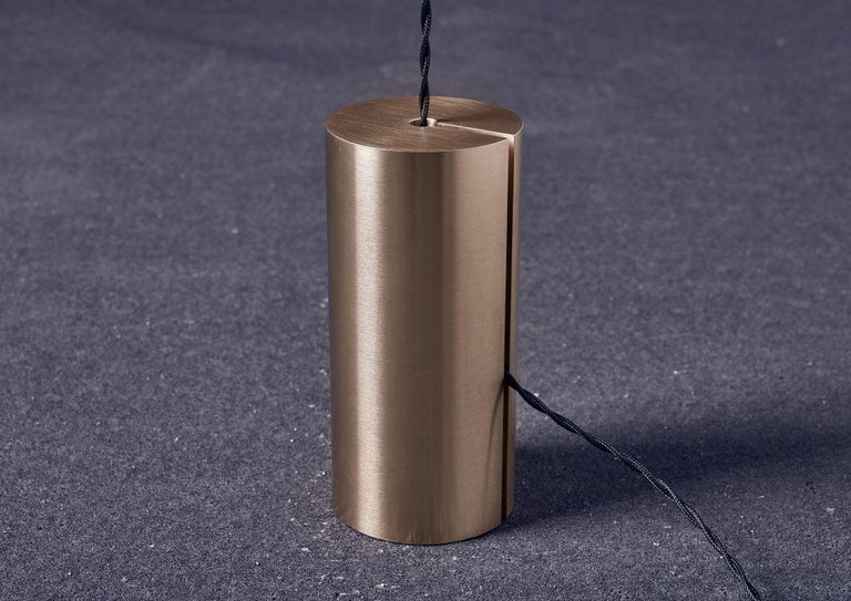 Fulmine Three Lights Floor to Ceiling Minimalist Sculptural Lamp Brushed Brass For Sale 5