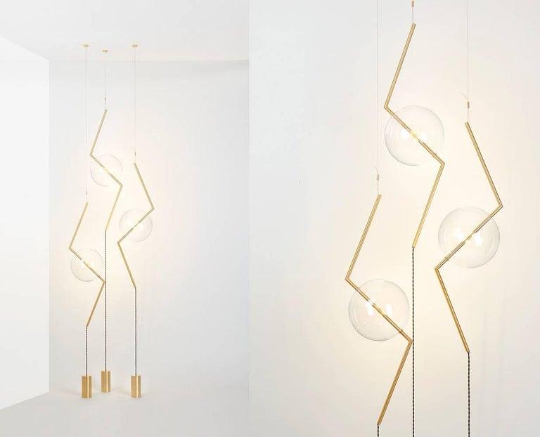 Italian Fulmine Three Lights Floor to Ceiling Minimalist Sculptural Lamp Brushed Brass For Sale