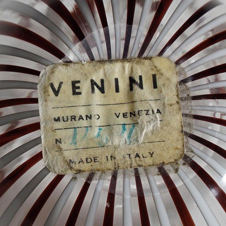 Fulvio Bianconi Vase 'Fazzoletto' in White and Amethyst Glass, Venini circa 1950 In Good Condition In Berghuelen, DE