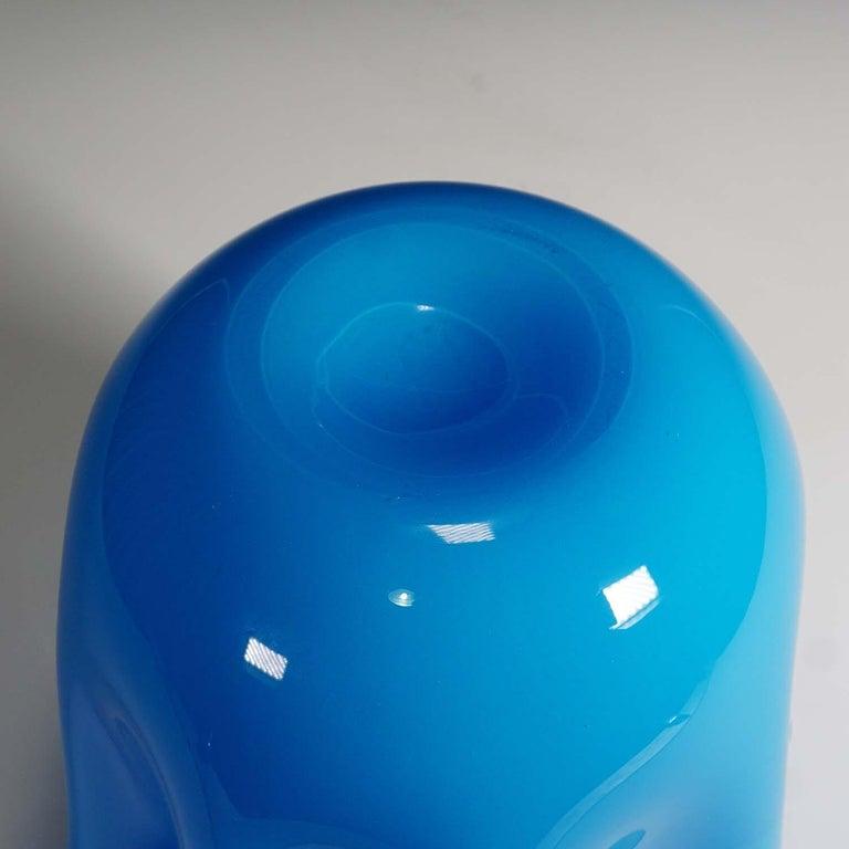 Art Glass Fulvio Bianconi Vase 'Fazzoletto' Opalino Indigo, Venini, 1994 For Sale