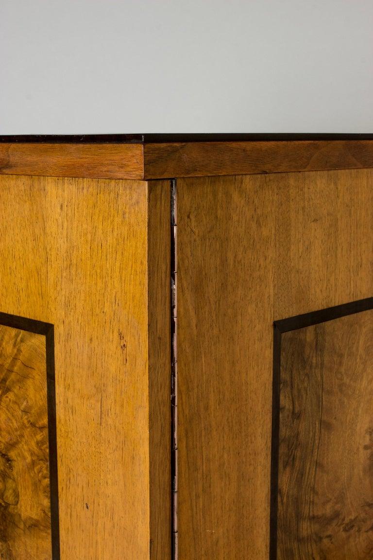 Functionalist Cabinet by Erik Chambert for Chamberts Möbelfabrik, Sweden, 1930s For Sale 5