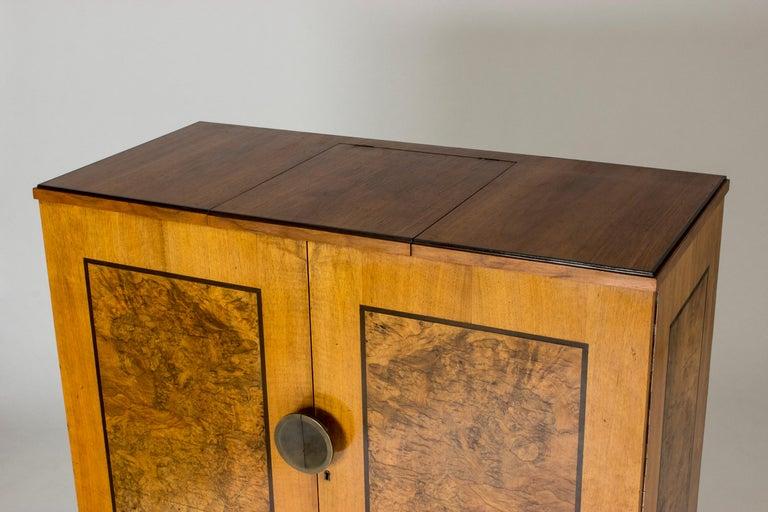 Functionalist Cabinet by Erik Chambert for Chamberts Möbelfabrik, Sweden, 1930s For Sale 7