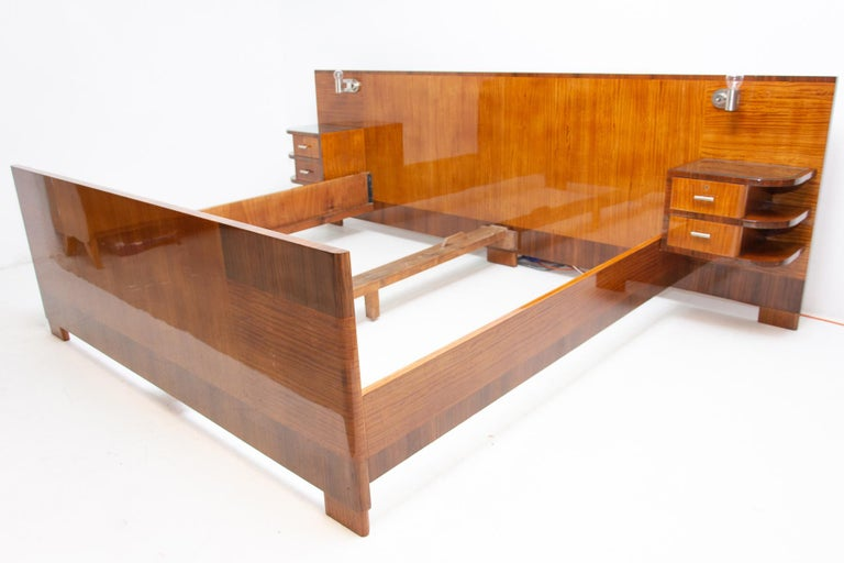 Functionalist Double Bed with Nightstands by Vlastimil Brozek, 1930s In Excellent Condition For Sale In Prague 8, CZ