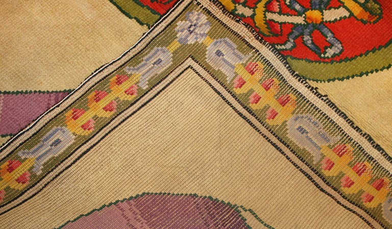 Funky Oversized Spanish Art Deco Carpet. Size: 20 ft 4 in x 28 ft 2 in For Sale 4