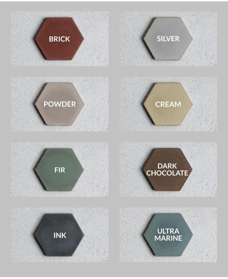 21st Century Studio Irvine Concrete Circular Dining Table Green Cement handmade For Sale 3