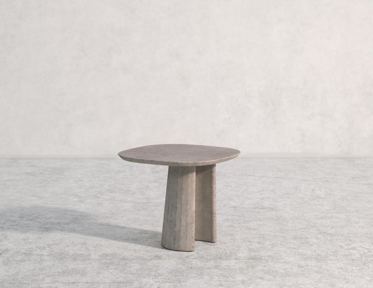 21st Century Studio Irvine Concrete Coffee Side Table Silver Grey Cement Mod.I For Sale 3