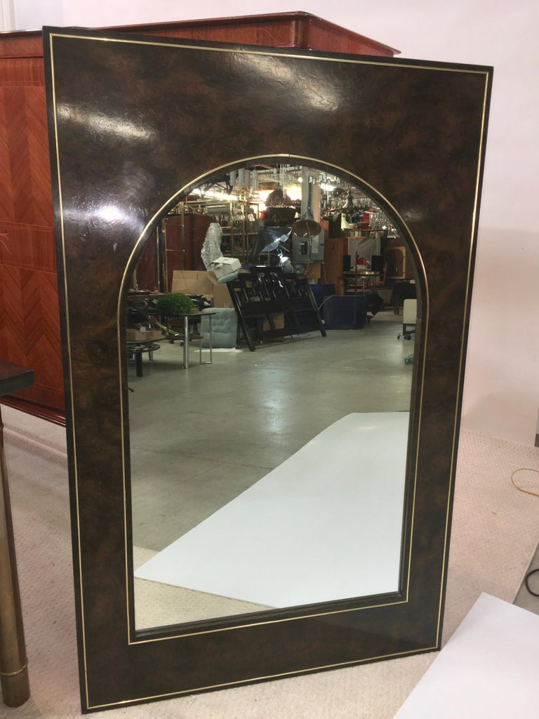 Futurist Arch Form Mirror in Carpathian Elm and Brass by Mastercraft In Good Condition For Sale In Hingham, MA
