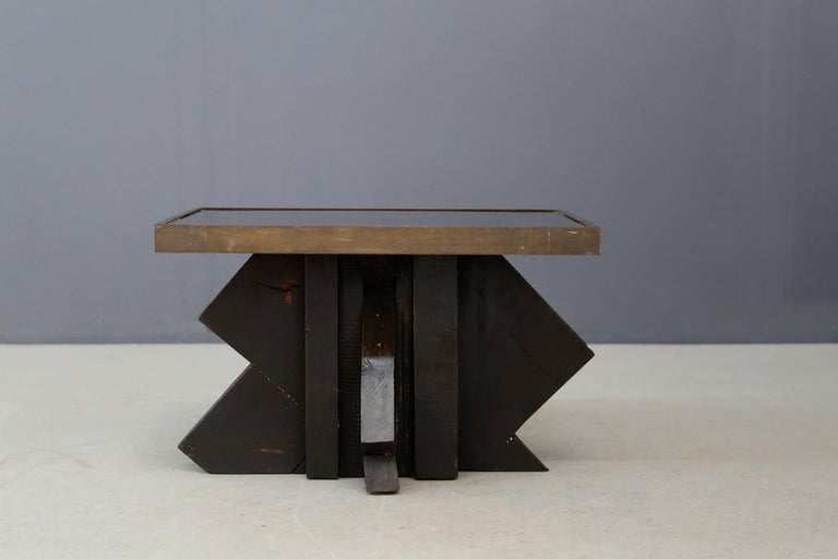 Italian Futurist Coffee Table in Sculpted Wood and Brass, 1920s For Sale