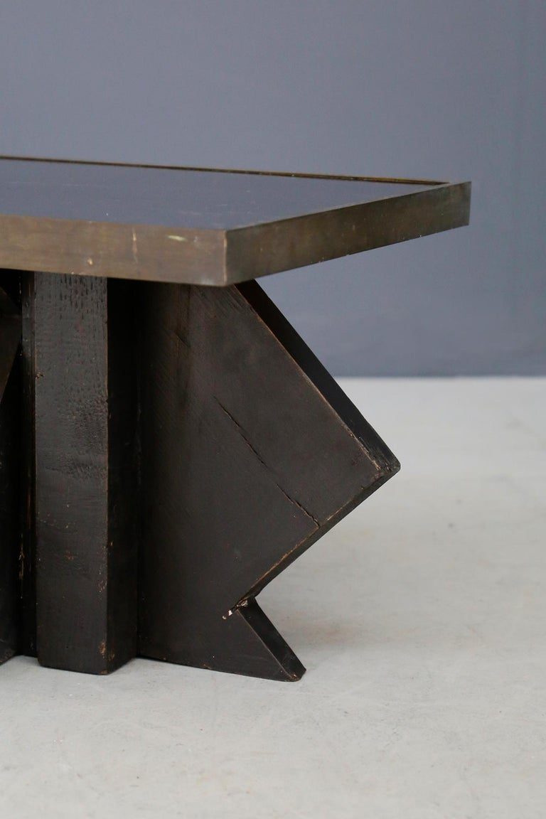 Early 20th Century Futurist Coffee Table in Sculpted Wood and Brass, 1920s For Sale