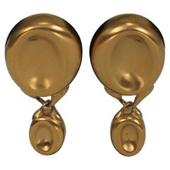 G Gucci Matte Gold Thumbprint Dangle Earrings 1970s