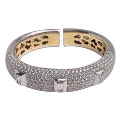 G. Verdi for Cellini 18 Karat Gold and 10.13 Carat Diamond Pave Bangle