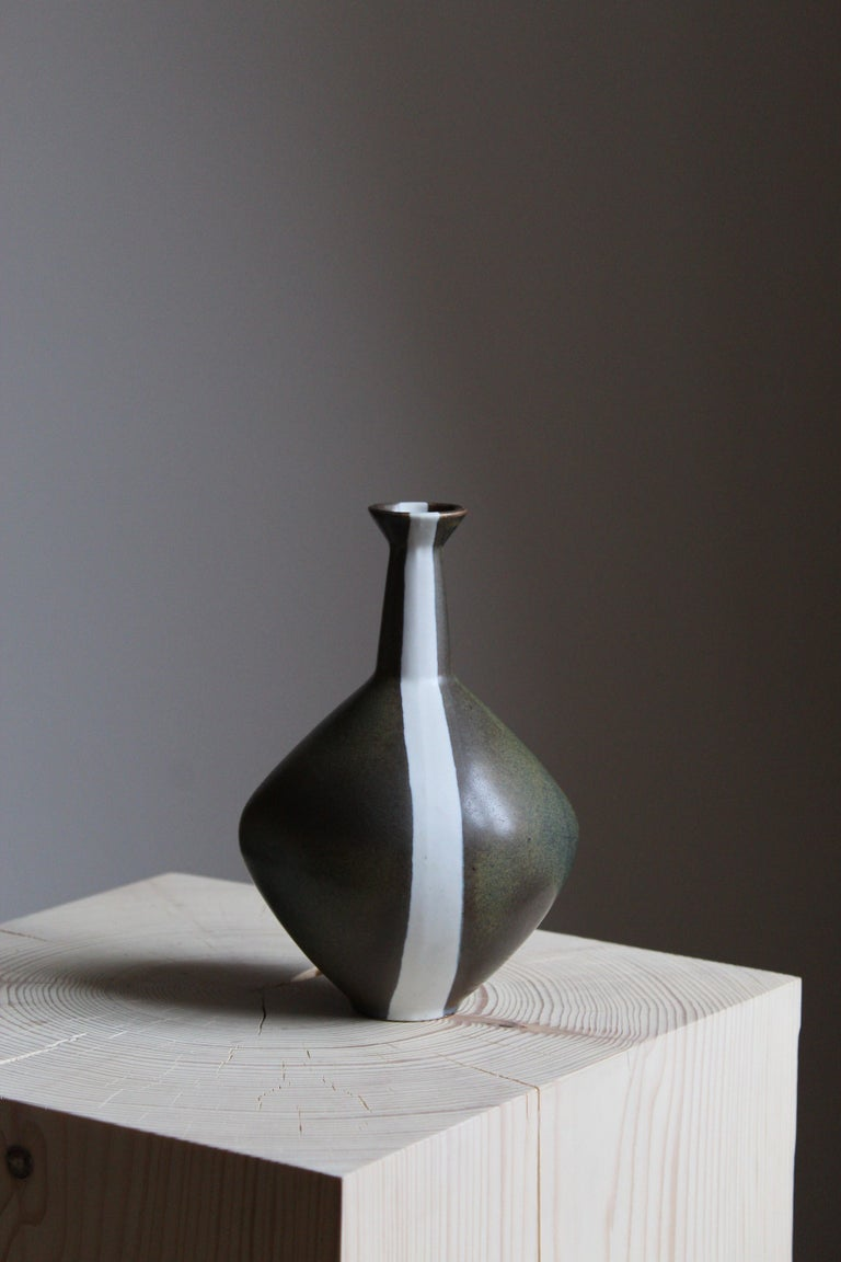 An organically shaped stoneware vase by Gabi Citron Tengborg for the iconic Swedish firm Gustavsberg.   Other ceramicists of the period include Berndt Friberg, Axel Salto, Carl-Harry Stålhane and Wilhelm Kåge.