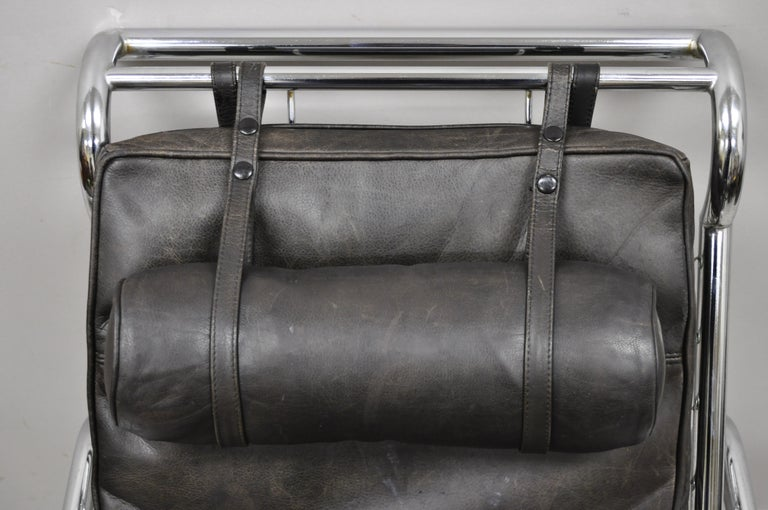 Gabriele Mucchi for Zanotta Genni Brown Leather Chrome Lounge Chair and Ottoman In Good Condition For Sale In Philadelphia, PA