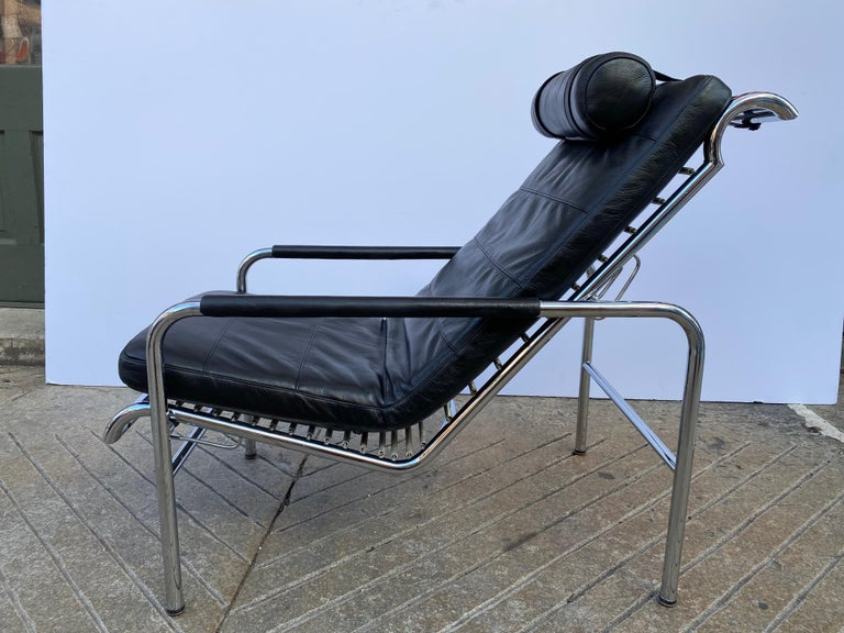 Bauhaus Gabriele Mucchi Genni Chrome and Leather Lounge Chair for Zanotta For Sale