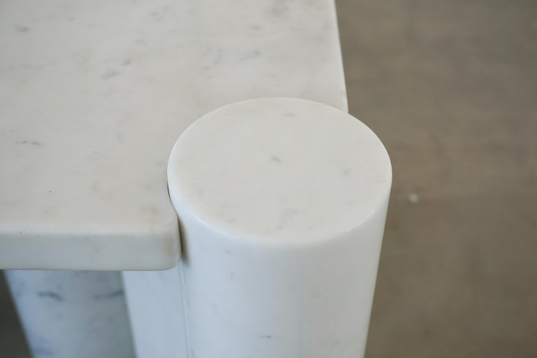 Gae Aulenti Marble Table In Good Condition For Sale In Los Angeles, CA