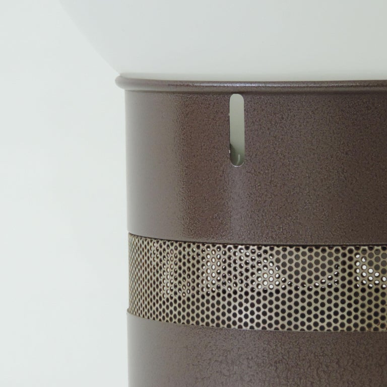 Gae Aulenti 'Mezzo Oracolo' Table Lamp for Artemide, Italy, 1969 In Good Condition For Sale In Milan, IT