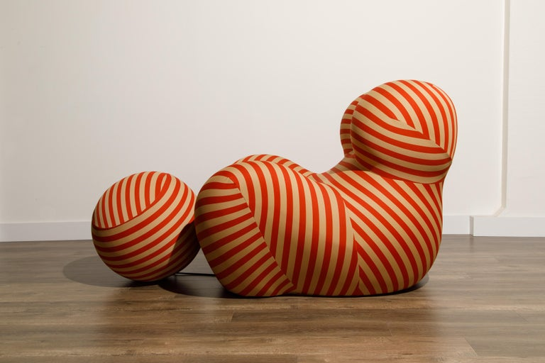Gaetano Pesce for B&B Italia UP5 and UP6 Lounge Chair and Ottoman, Signed For Sale 5