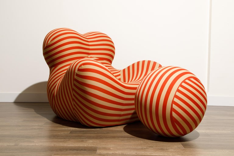 Contemporary Gaetano Pesce for B&B Italia UP5 and UP6 Lounge Chair and Ottoman, Signed For Sale