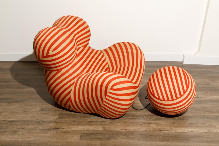 Gaetano Pesce for B&B Italia UP5 and UP6 Lounge Chair and Ottoman, Signed For Sale 2