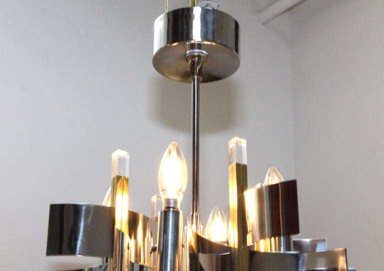 Gaetano Sciolari Brass and Chrome Chandelier In Good Condition For Sale In New York City, NY