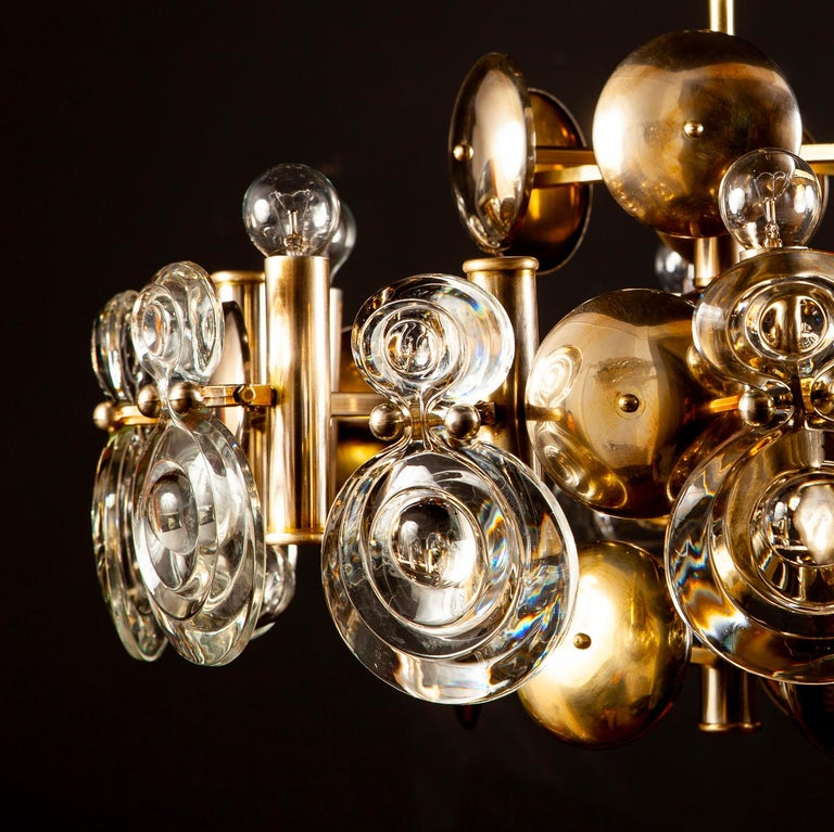 Gaetano Sciolari Fabulous Brass and Glass Lens Chandelier, Italy, 1960s For Sale 10