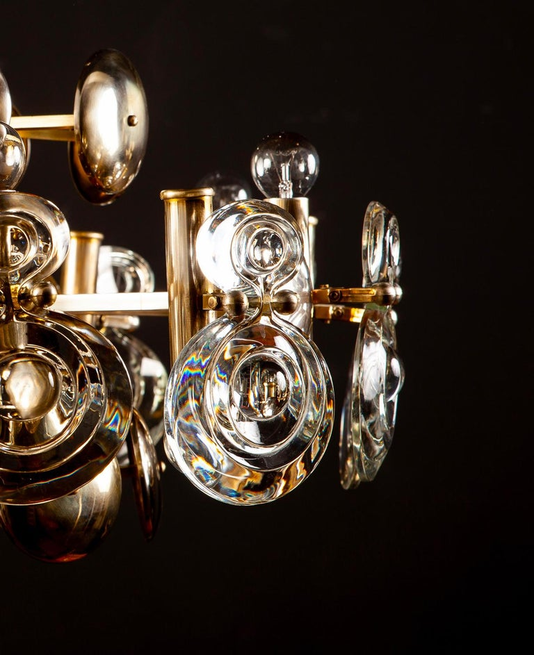 Gaetano Sciolari Fabulous Brass and Glass Lens Chandelier, Italy, 1960s For Sale 12