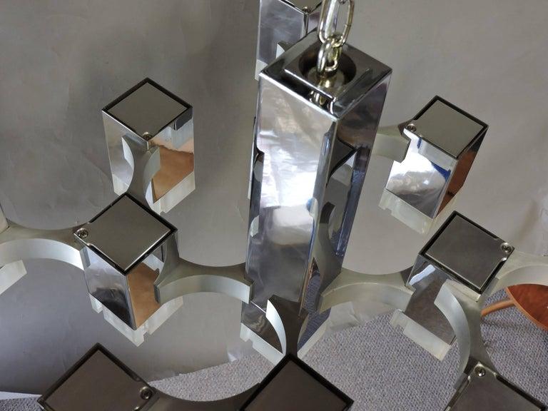 Gaetano Sciolari Mid-Century Modern Chrome Cubic Chandelier Thirteen-Light In Good Condition For Sale In Chesterfield, NJ
