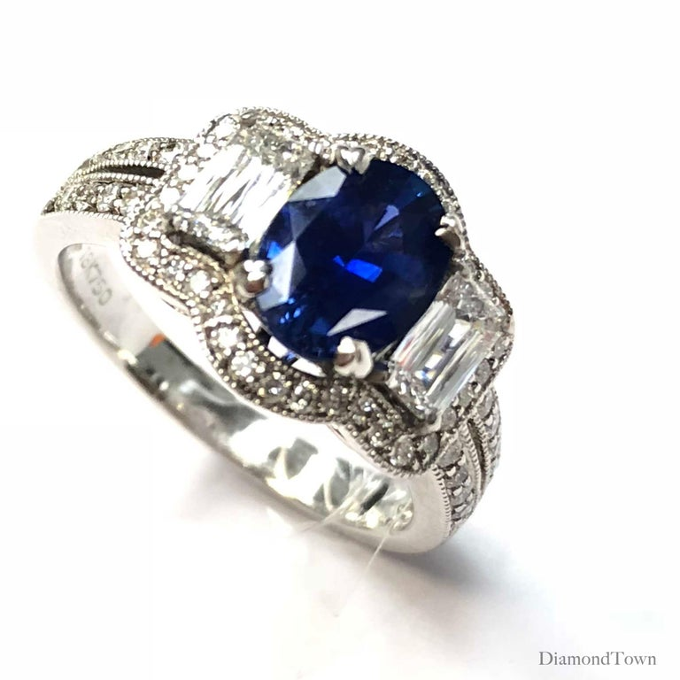 Contemporary GAL Certified 1.44 Carat Oval Cut Sapphire and Diamond Ring in 18 Karat Gold For Sale
