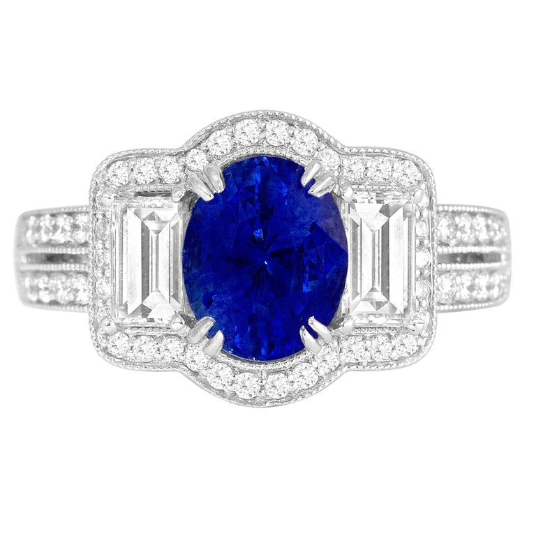 GAL Certified 1.44 Carat Oval Cut Sapphire and Diamond Ring in 18 Karat Gold For Sale