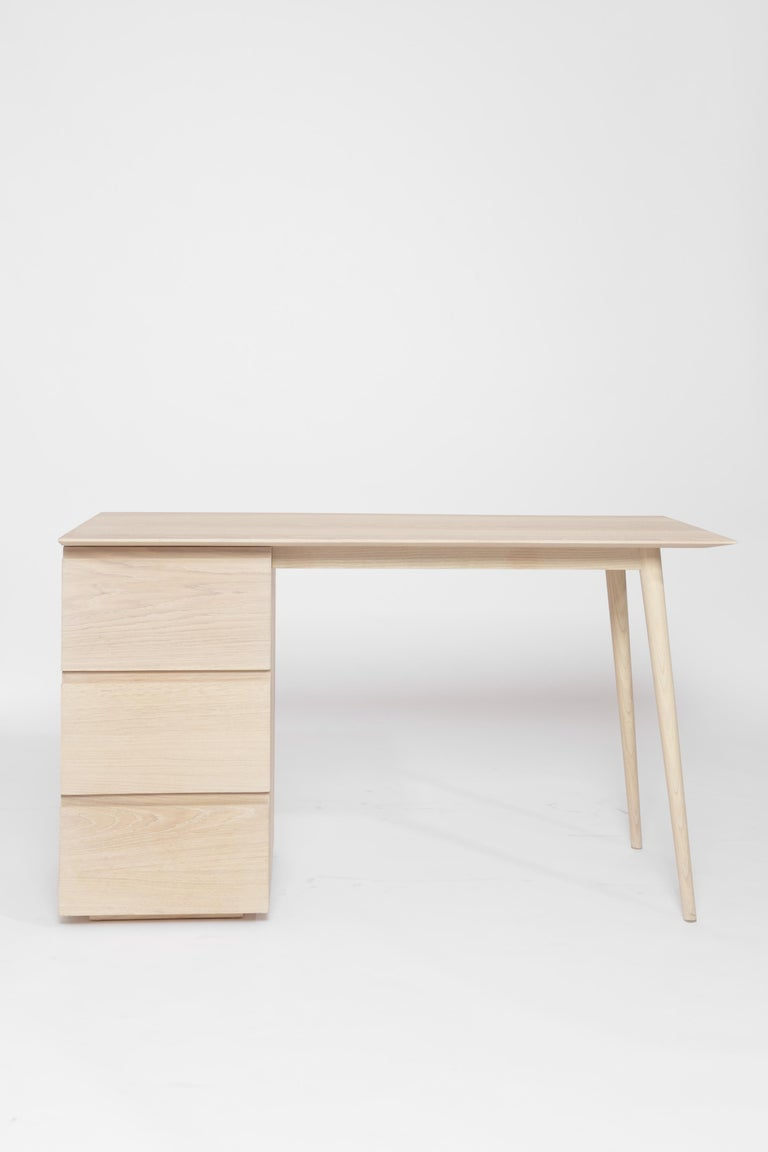 Contemporary Gala ash wood structure and veneer cover Desk  For Sale